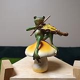 가든데코(바이올린 켜는 개구리) 